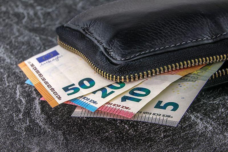 Finansinių krizių metu ilgalaikis kreditas geriau neiskola iš banko