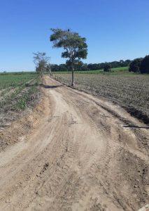 Prefeitura inicia recuperação de estradas com 4 frentes de trabalho