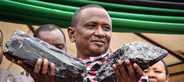 Garimpeiro fica milionário após encontrar duas pedras preciosas na Tanzânia