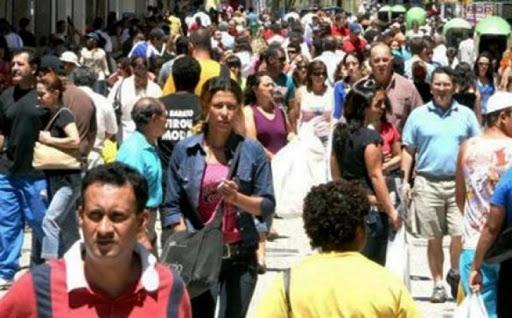 Cresce número de cidades com mais eleitores que habitantes no Brasil