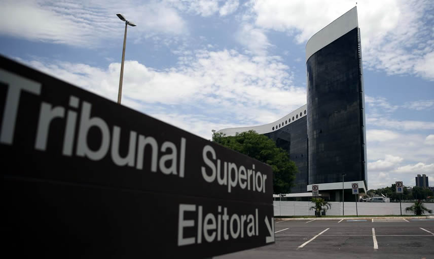 Justiça Eleitoral indefere mais de 10 mil candidaturas