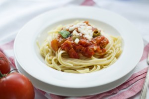 food-pasta-tomato-theme-workspaces-large