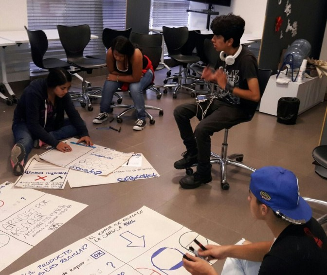 Estudiantes de Itagüí aprenden creando Apps en el City Lab