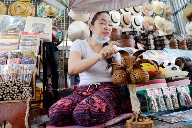 泰國一日遊行程|丹嫩莎朵水上市場霸氣機械馬達船 體驗購物喊價的樂趣以及在地美食品嚐