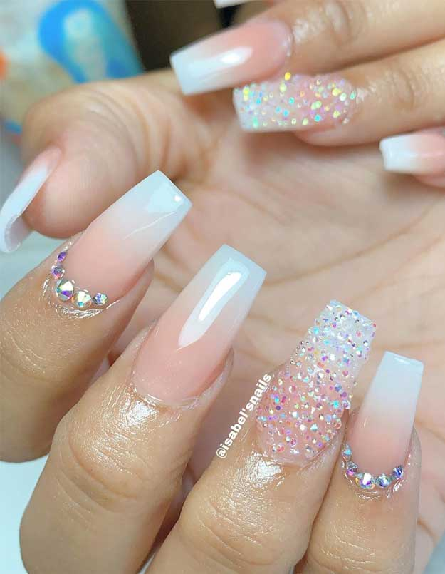 32 Pretty And Eye Catching Nail Art Designs