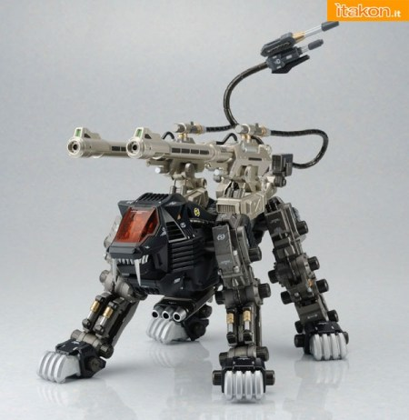 Yamato: ZOIDS Shield Liger DCS-J Diecast Full Action Model - In preordine