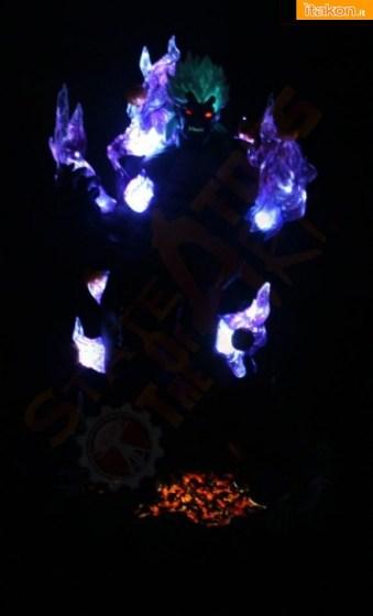 La statua del malvagio Oni e' in preordine presso la Sota Toys