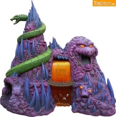 MOTU-Snake-Mountain-Polystone-Environment-Statue-001