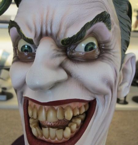 Sideshow: The Joker Life-Size Bust - Prime Foto Live