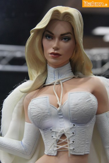 Emma Frost23