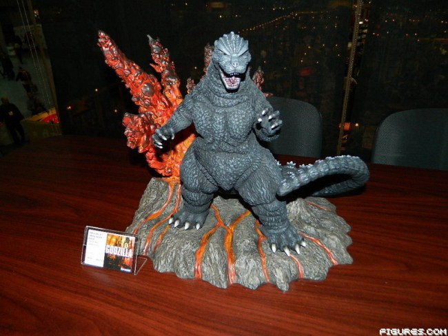 The Toyfair Report Upcoming Kaiju Toys Of 2015 Updated