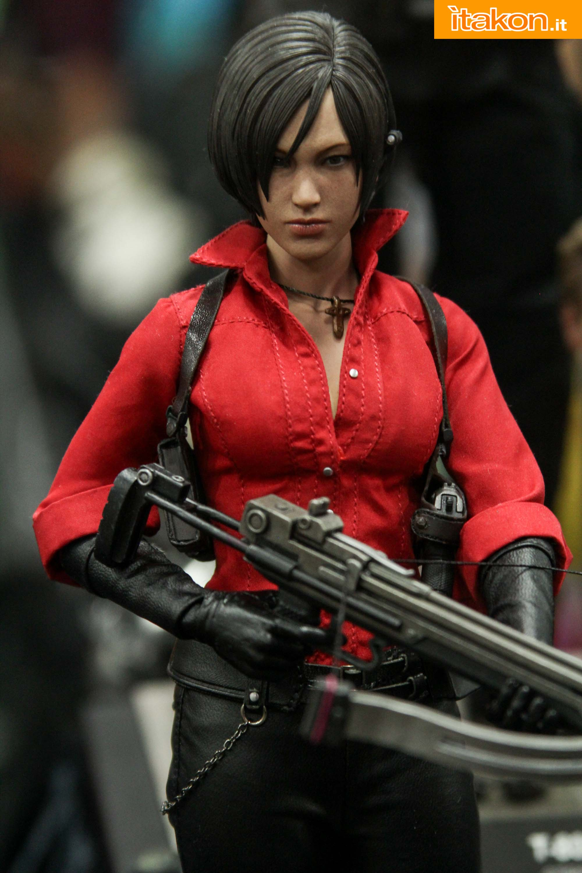 http://i2.wp.com/itakon.it/wp-content/uploads/2015/07/hot-toys-resident-evil-metal-gear-sdcc-2015-16.jpg