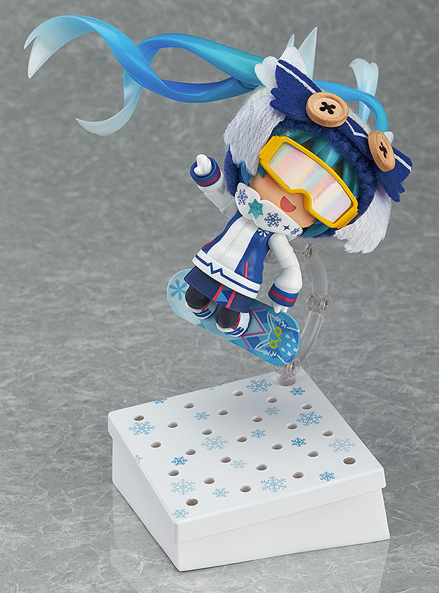 Nendoroid Snow Miku Snow Owl - GSC Wonder Excl pics 07