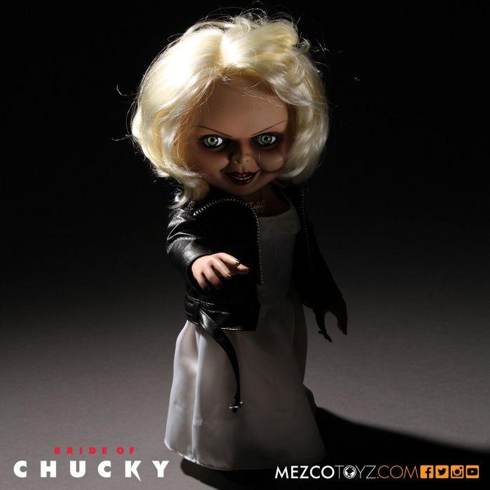 Mezco-Bride-of-Chucky-Tiffany-003