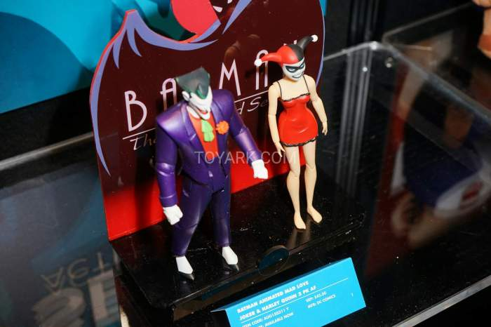 TF-2016-DC-Collectibles-Batman-Animated-018
