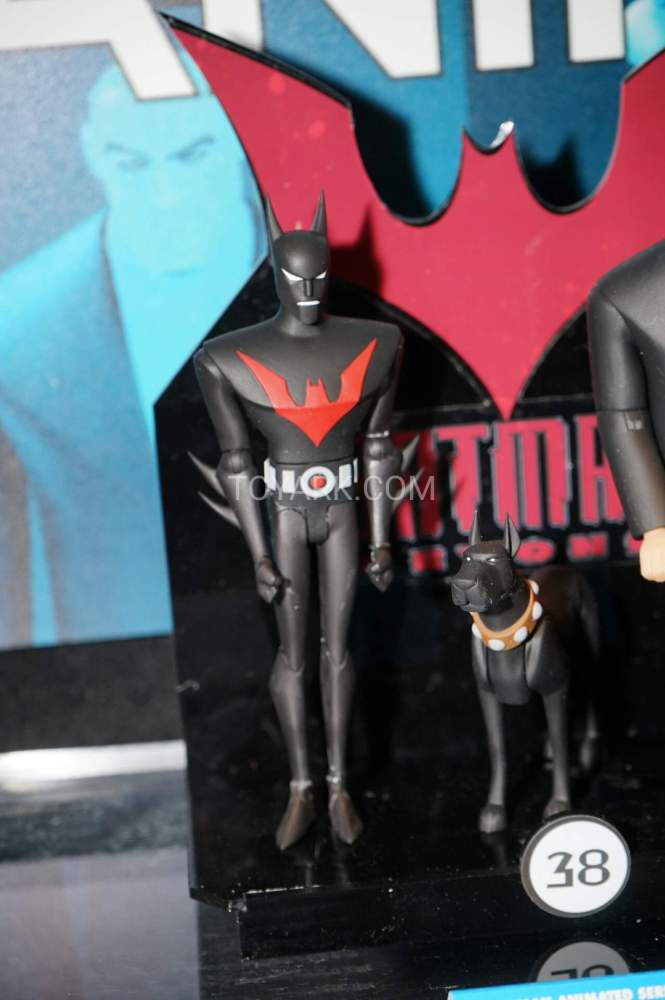 TF-2016-DC-Collectibles-Batman-Animated-023
