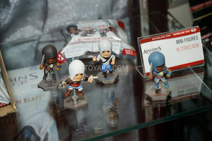 TF-2016-McFarlane-Video-Game-Figures-023