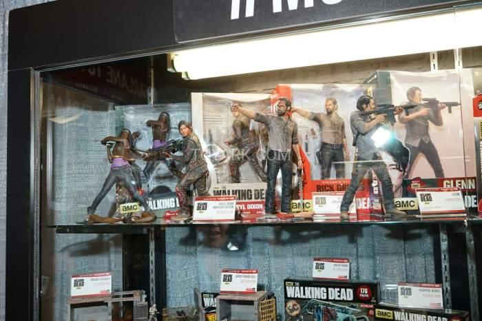 TF-2016-McFarlane-Walking-Dead-033