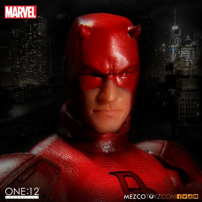Mezco-One12-Collective-Daredevil-002
