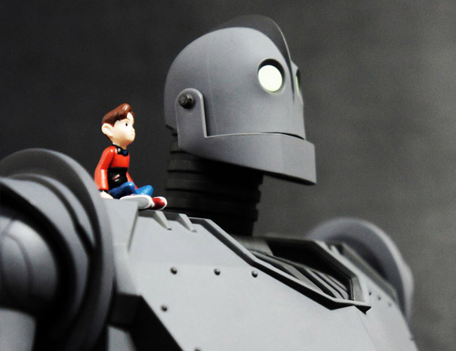 The IRON GIANT Mondo pics 50