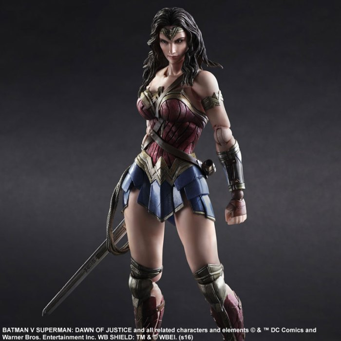 Wonder Woman Batman Vs Superman Square Enix pre 03