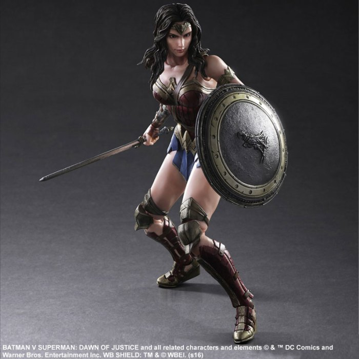 Wonder Woman Batman Vs Superman Square Enix pre 04