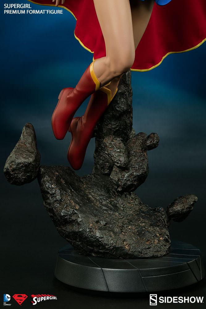 dc-comics-supergirl-premium-format-300264-12