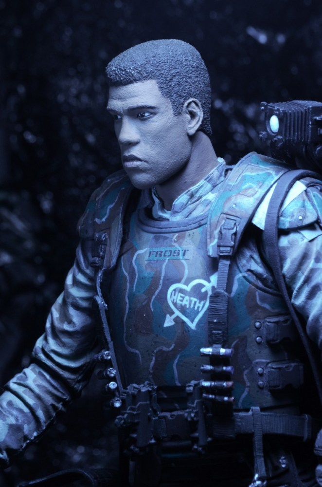 Frost-Aliens-Series-9-by-NECA-002