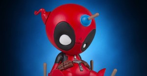 Gentle-Giant-Animated-Deadpool-Statue-002-928x483