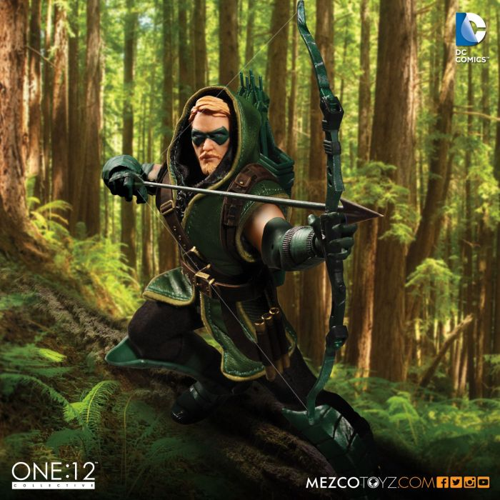MezcoOne12-Collective-Green-Arrow-002