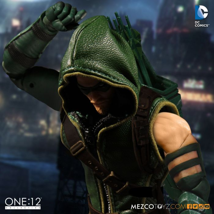 MezcoOne12-Collective-Green-Arrow-003