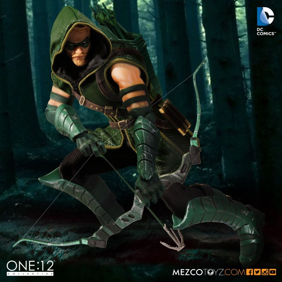 MezcoOne12-Collective-Green-Arrow-004
