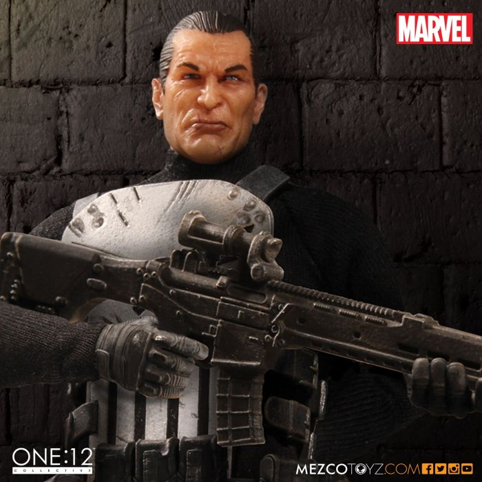 MezcoOne12-The-Punisher-007