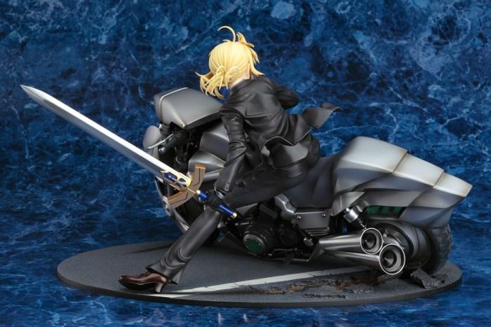 Saber & Saber Motored Cuirassier Fate ZERO GSC rerelease 06