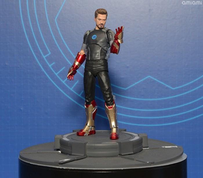 Tony Stark SH Figuarts