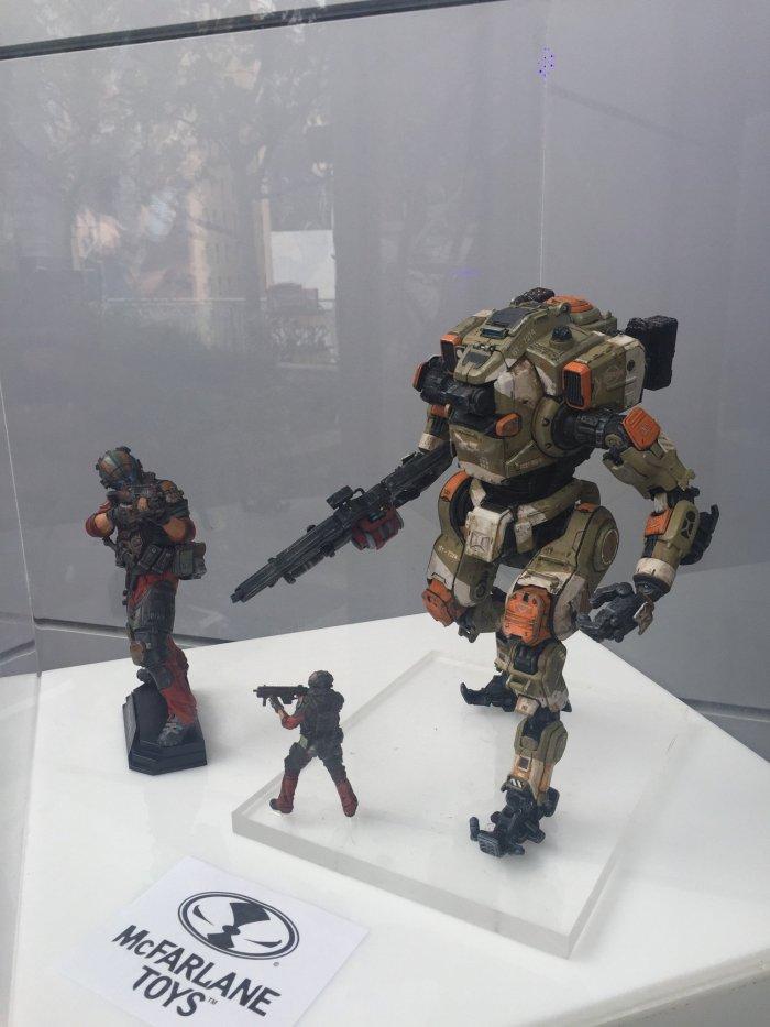 McFarlane-E3-Titanfall-2-Figures-001