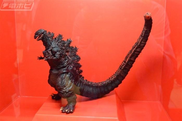SH-Monsterarts-Shin-Godzilla-002