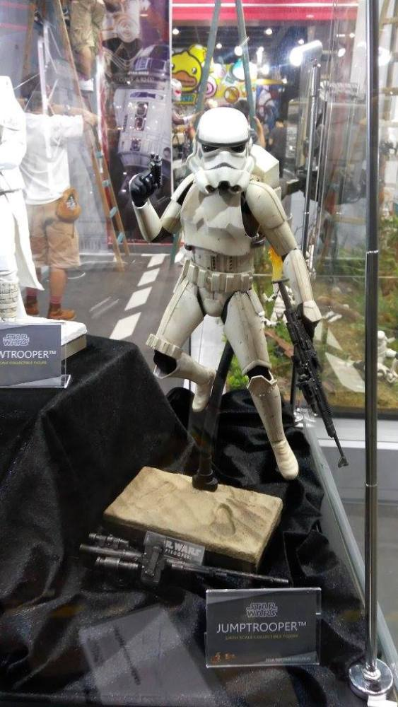 ACGHK-2016-More-Hot-Toys-033