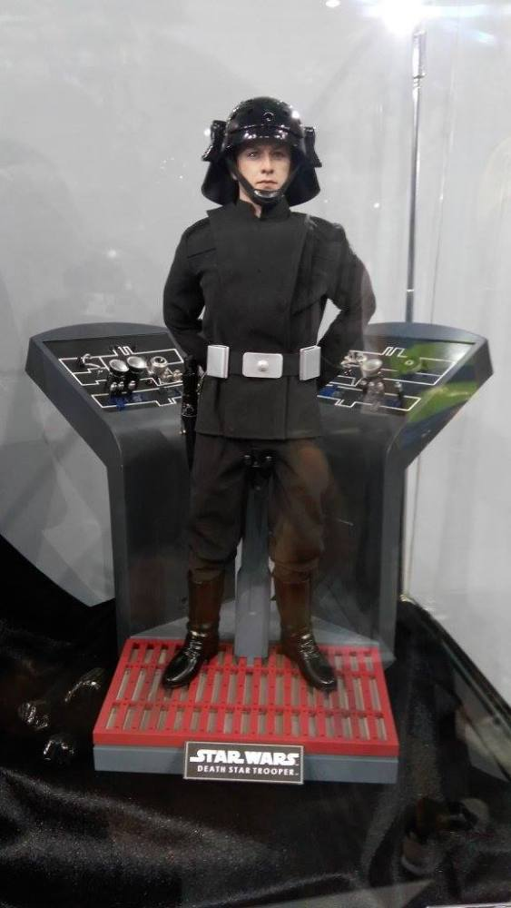 ACGHK-2016-More-Hot-Toys-058