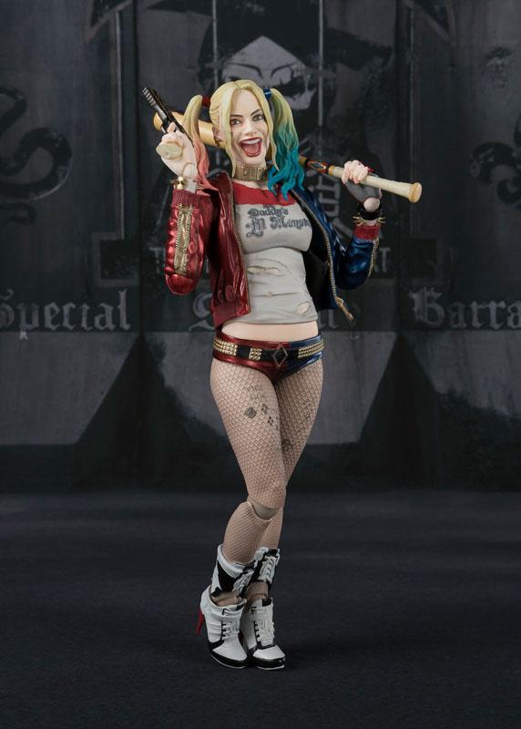 Harley Quinn SH Figuarts Bandai pre 03