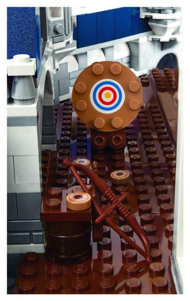 LEGO-71040-Disney-Castle-Brave-Room-646x1024