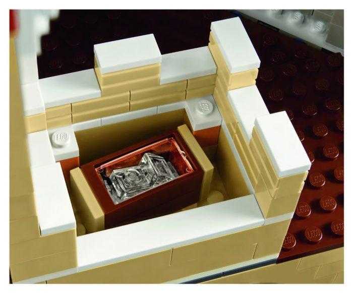 LEGO-71040-Disney-Castle-Cinderella-Glass-Slippers-1024x850