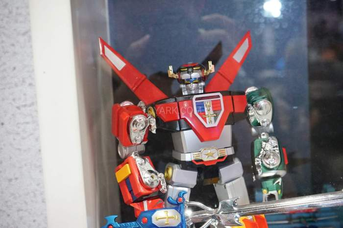 SDCC-2016-SOC-voltron-002