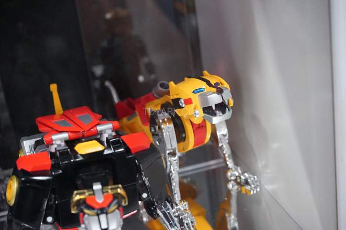 SDCC-2016-SOC-voltron-016