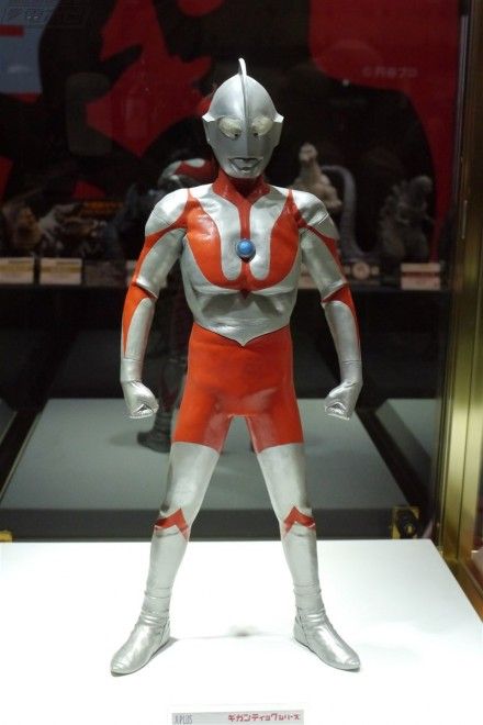 Ultraman Gigantic Series