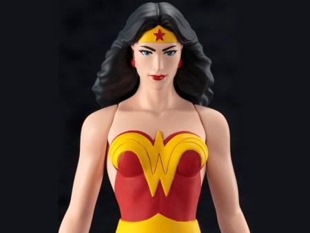 DC Universe - Wonder Woman - ARTFX - Super Powers Classics - Kotobukiya - Foto 10