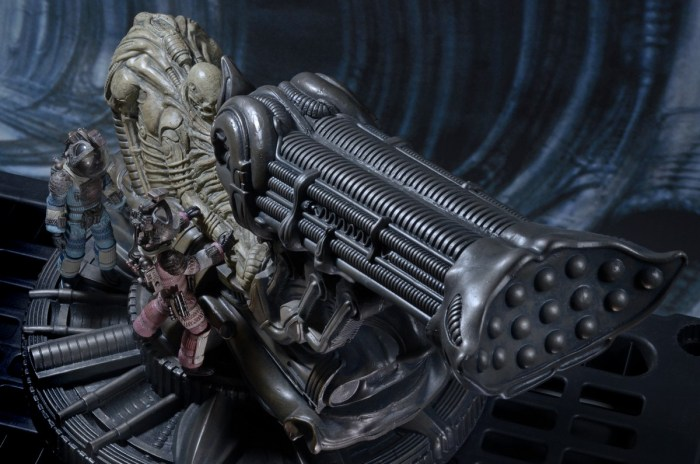 NECA-Alien-Foam-Space-Jockey-017