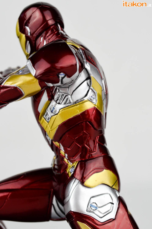 Kotobukiya_CA_Civil_War_Artfx+_review-31