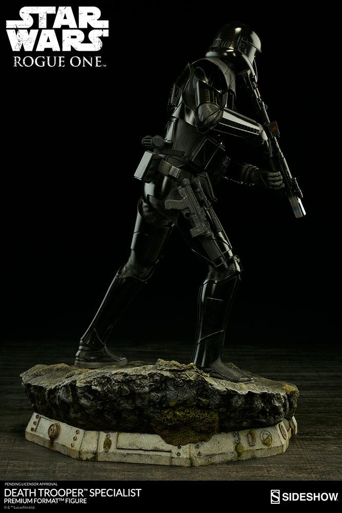 star-wars-rogue1-death-trooper-specialist-premium-format-300530-06
