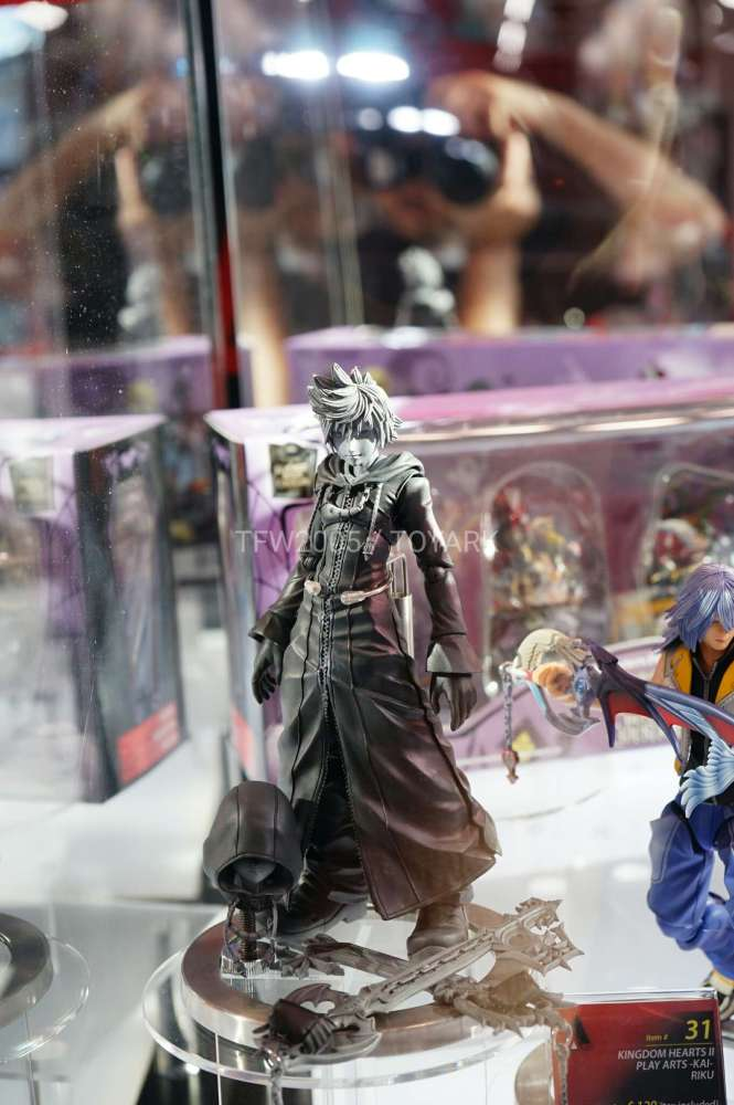 nycc2016-square-video-game-figures-023